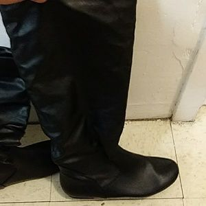 Ladys size9 boots